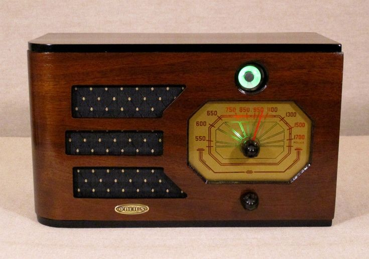 Old Antique Wood Air King Vintage Tube Radio - Restored Working Deco Table Top #AirKing