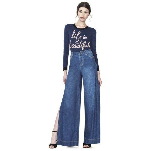 Alice + Olivia Clarissa Wide Leg Side Slit Jean (4,855 MXN) ❤ liked on Polyvore featuring jeans, denim, pants, high rise wide leg jeans, wide leg denim jeans, wide leg blue jeans, wide leg jeans and high waisted blue jeans
