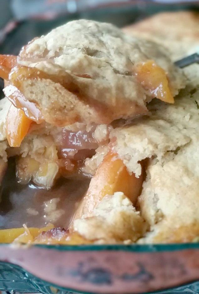 peach and nectarine cobbler-chia bia