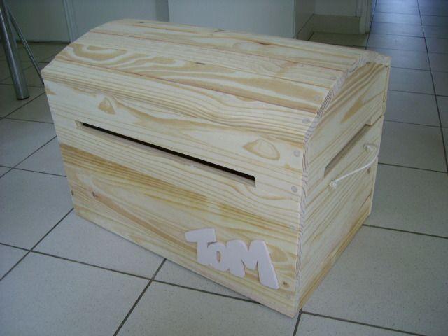 Coffre à jouet en bois massif brut : Meubles et rangements par phil-creation