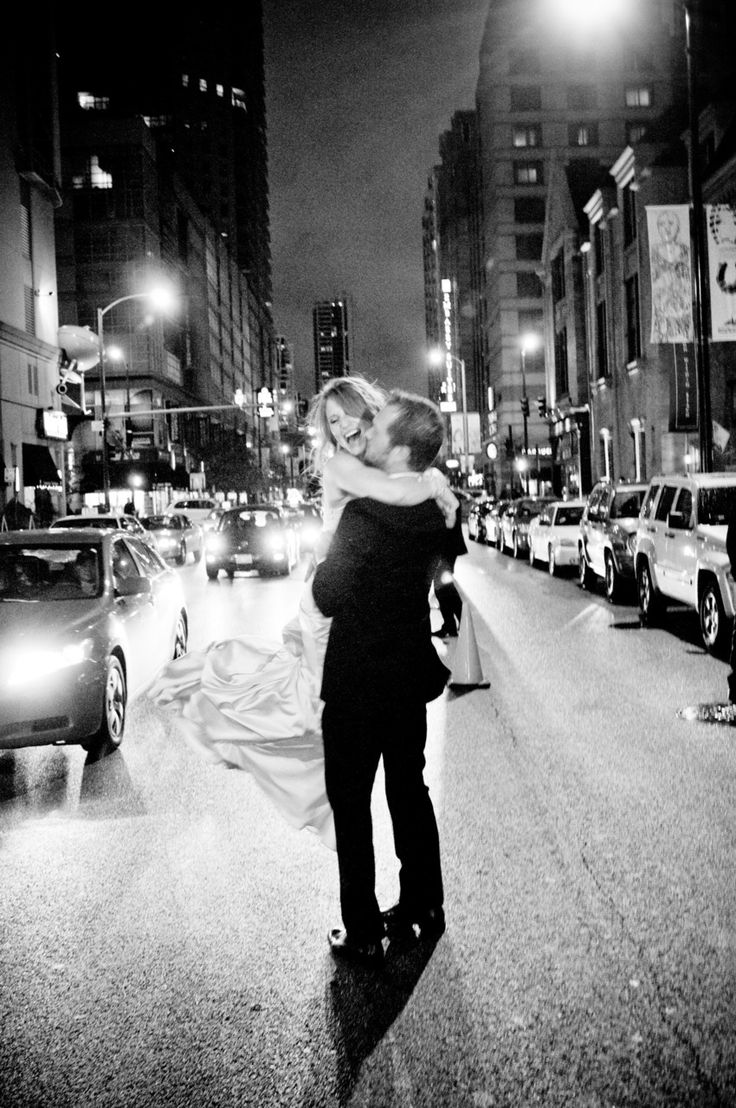 this looks so romantic. I want to be spun in the middle of the street and cause a scene.