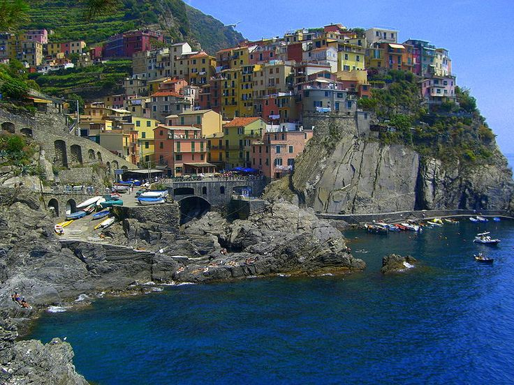 Cinque Terre: Buckets Lists, Cinque Terre Italy, Gorgeous Places, Learning Italian, Northern Italy, Desktop Backgrounds, The Village, Italian Riviera, Anniversaries Trips