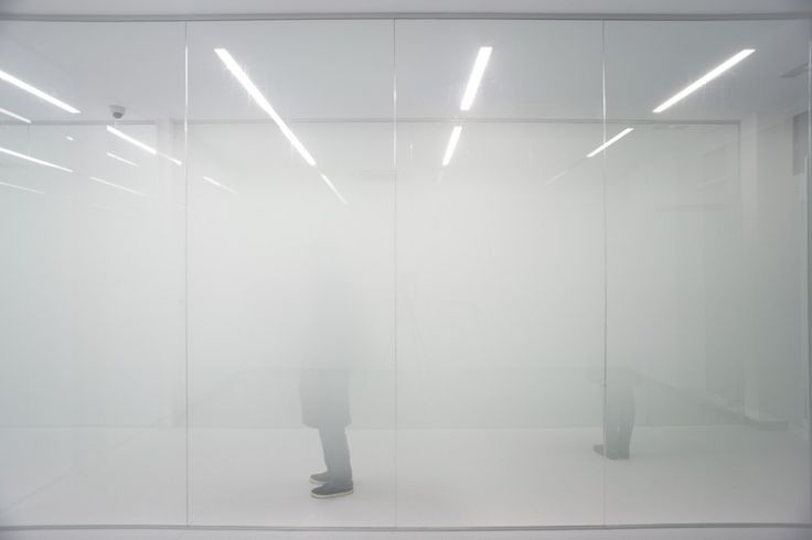 GH Genhelix Biopharmaceutical Facilities / estudioSIC  Frosted glass used in one interior wall of designed space