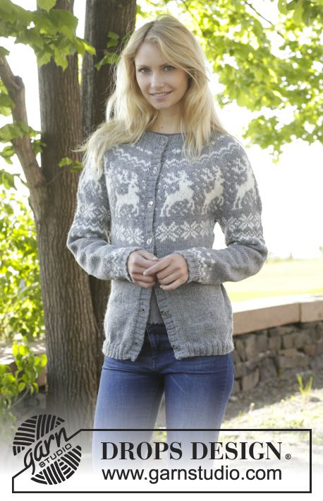"Knitted DROPS jacket with round yoke, reindeer pattern, worked top down in ""Karisma"". Size: S - XXXL. ~ DROPS Design"