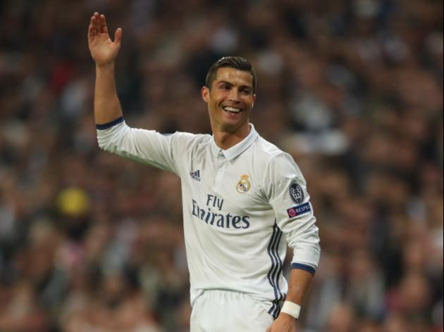 Cristiano Ronaldo ready to commit to Real Madrid until 2021 - http://www.webmarketshop.com/cristiano-ronaldo-ready-to-commit-to-real-madrid-until-2021/