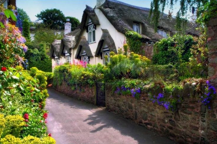 English countryside: Cozy Cottages, Dreams Places, Dreams Home, Favorite Places, English Cottages, Country Home, Dreams Cottages, English Countryside, Little Cottages