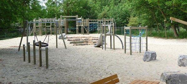 Natuurlijke speeltuin in de Bosjes van Pex | Openbare ruimte/Natuurspeelplaats
