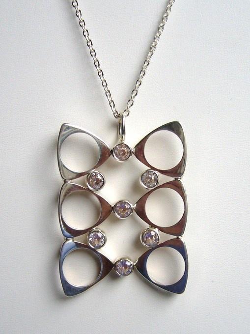 Salovaara Sterling crystal pendant + chain