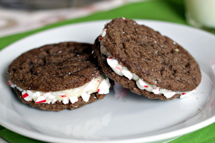 Peppermint Chocolate Sandwich Cookies | Recipe