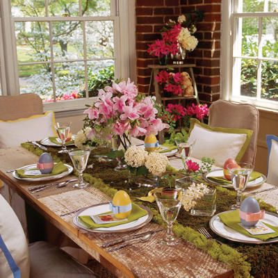 Pretty table setting for Easter