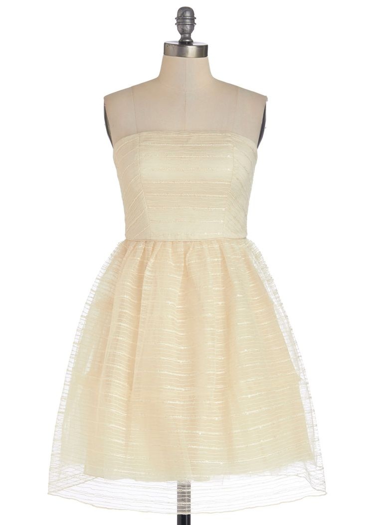 Riesling to Celebrate Dress. Toast your vineyards anniversary in the unfettered elegance of this strapless party dress