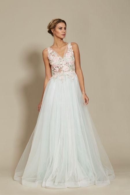 Emmy Dress Bridal 2018 Oana Nutu Fashion Designer Wedding Dress Wedding Gown www.OanaNutu.com  #fashion #style #shopping #oananutu #Bridal #BridalDress #WeddingDress #Bride #FashionDesigner #Wedding