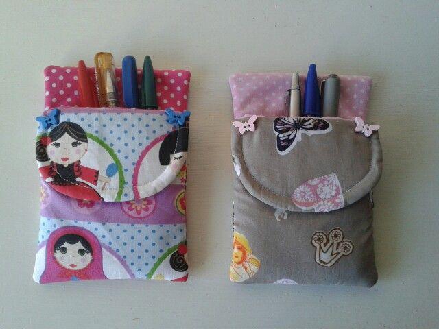 Porta canetas para proteger e personalizar os bolsos das fardas das meninas enfermeiras/educadoras