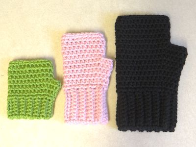Two Little C's: Simple Fingerless Gloves for the Whole Family. Free pattern.