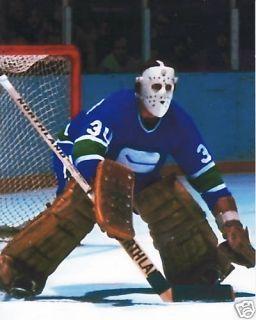 Cesare Maniago / Vancouver Canucks