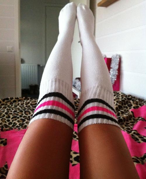 Socks Fetish Czech Soles Eliska Making My Socks Even More Smelly And Sweaty