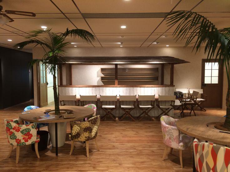オフィスをハワイに。クリエイターに楽園を。|オフィスデザイン事例|デザイナーズオフィスのヴィス
