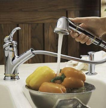 E76091-CP Однорычажный смеситель для кухни Jacob Delafon Fairfax, с выдв. душем, h 153 мм, вынос 232 мм, хром