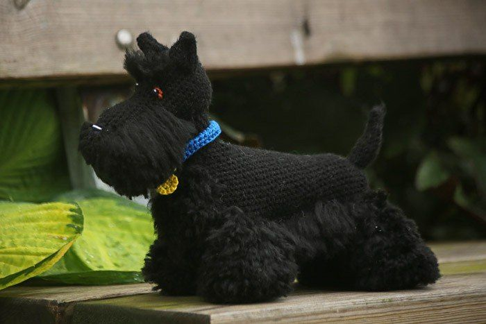 SCHEMA IN INGLESE CANE TERRIER   Scottish terrier Here Scottish terrier Skotsk terrier.pdf Swedish   Here I will share with you how I made my Scottish terrier, Buster. Buster is roughly 30 cm long and 25 cm tall, but the final size is dependant on factors such as