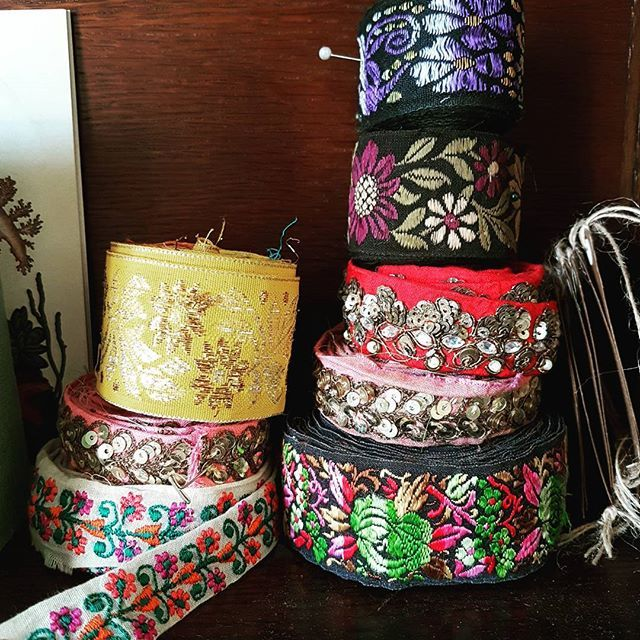 Selection of lovely #embellished #ribbons when I took  trip to #london !! I just don't want to use them though because they are too pretty so just displaying them at the moment!!! #fabrics #sewing #gembobscrafts #crafts #crafter #makersofinstagram #makers (scheduled via http://www.tailwindapp.com?utm_source=pinterest&utm_medium=twpin&utm_content=post167643145&utm_campaign=scheduler_attribution)