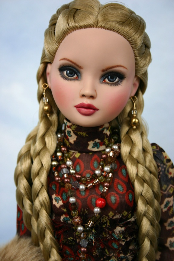ellowyne repaint - love the braids!