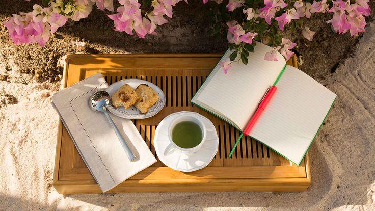 Gracias a su gran contenido de antioxidantes, vitaminas, minerales y demás compuestos benéficos, el té verde es uno de los mejores aliados para reparar el organismo después de los excesos. Bath Caddy, Vitamins, Minerals, Thanks, Get Well Soon, Green