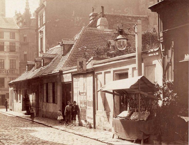 August Stauda, Barnabitengasse - im Hintergrund die Mariahilfer Straße, 1904/05 © Wien Museum