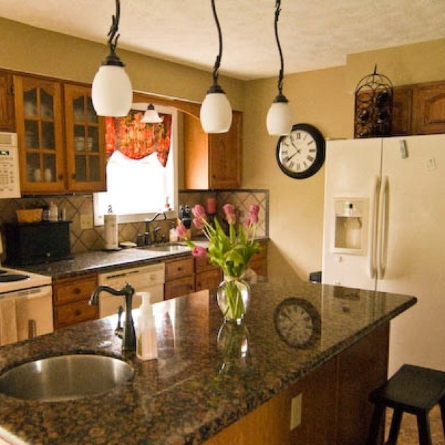 Www Jenniferchurches Com Kitchen Granite Baltic Brown Paint Benjamin Moore Greenbrier Beige