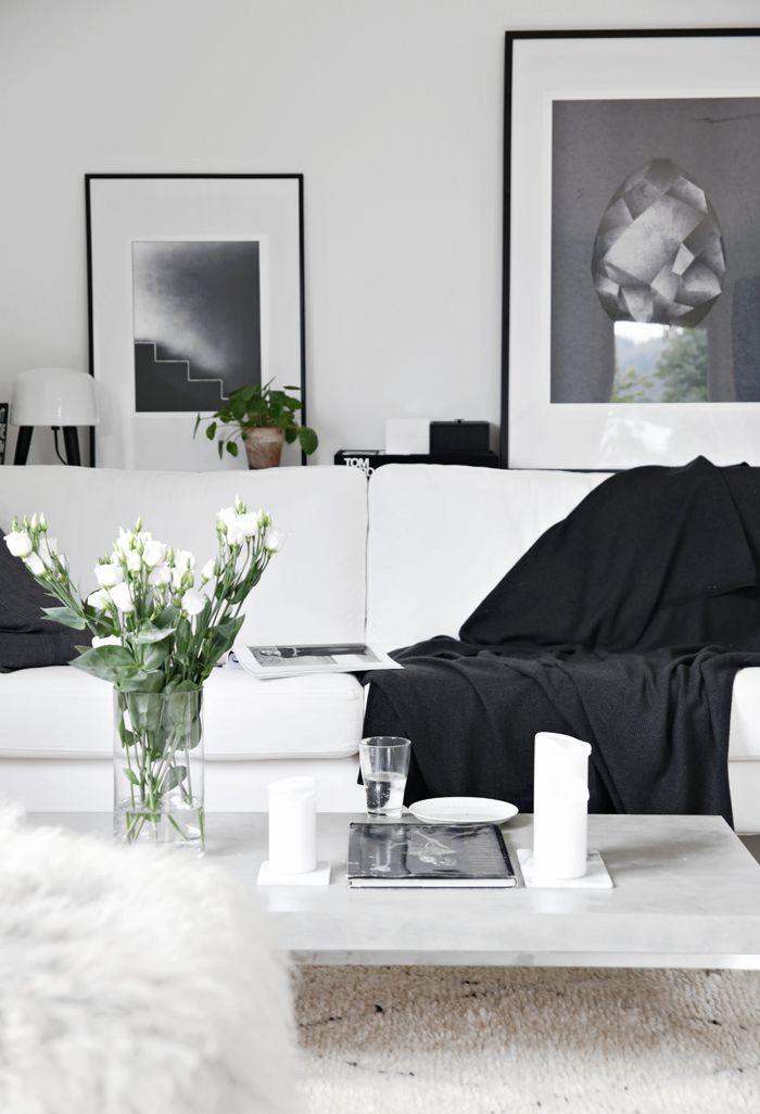 Living room, black and white, stylizimo home