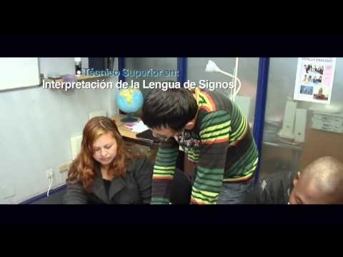 ▶ TodoFP.es - Familia Servicios Socioculturales y a la Comunidad - YouTube