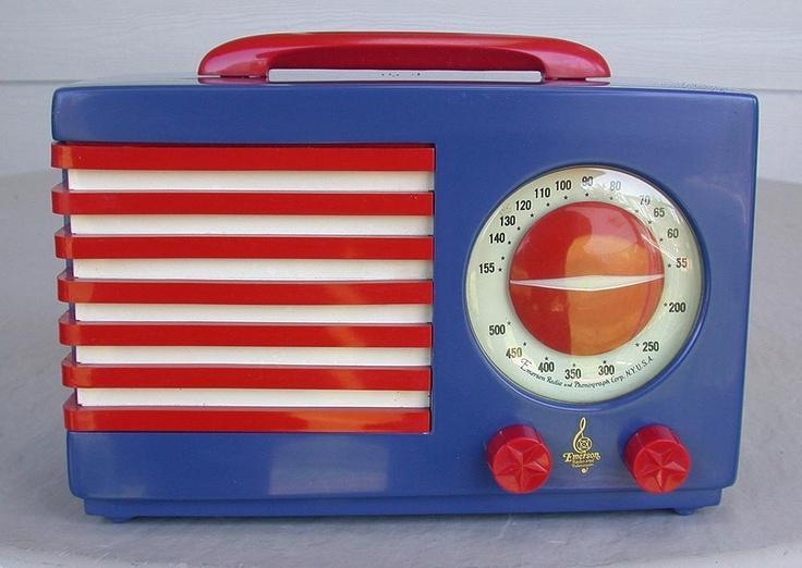 The Patriot Radio >> 1067 Best Bakelite Images On Pinterest Brooches Vintage