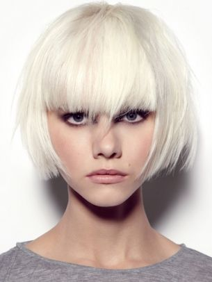 Jeux de coiffure 2014White Hair, Haircuts, Hairstyles, Platinum Blondes, Shorts Hair, Shorts Bobs, Hair Style, Wigs, White Blonde