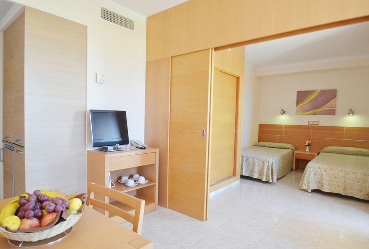 http://www.azulinehotels.com/hoteles-en-ibiza/hotel-atlantic-santa-eulalia-familias-alojamiento #azulinehotels #azulineatlantic #ibiza #escanar