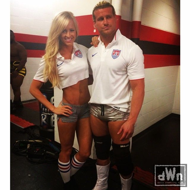Wwe superstars and divas 2013 - admissions guide