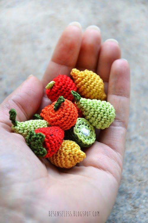 Small fruits crochet