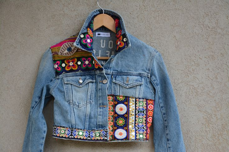 Vintage LEVIS Jacket, Blue Levis Denim Jacket, Levis Jeans Jacket, Large Levi's Denim Trucker Jacket Made in USA, Distressed Wash Denim by MyQueensWish on Etsy