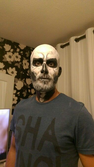 Skull make up with a beard
