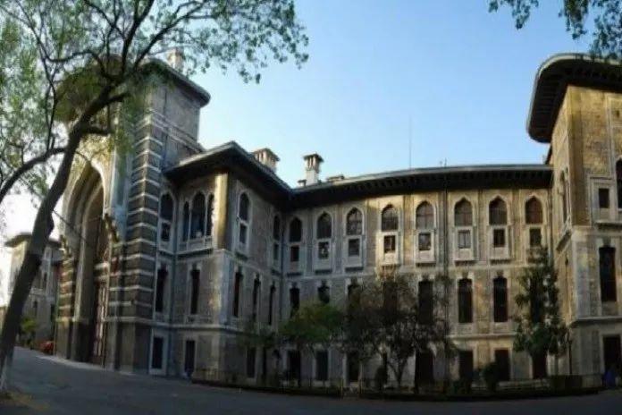 İstanbul Erkek Lisesi'nde neler oluyor?! Sizlere bin kez söyledim; Bu günler iyi günlerimiz, kıymetini bilelim..