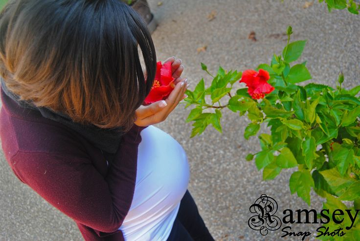 maternity photo #photography #flower #belly #nature
