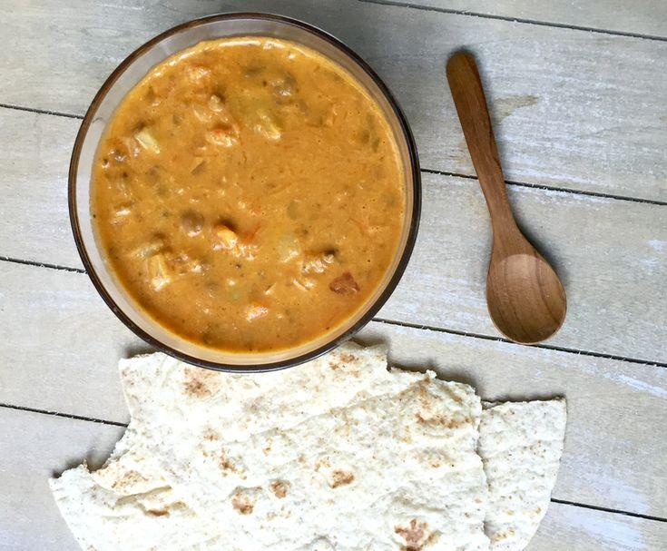 Vegetarische curry met pompoen en wortel. Heerlijk om met een stukje tortilla te eten.