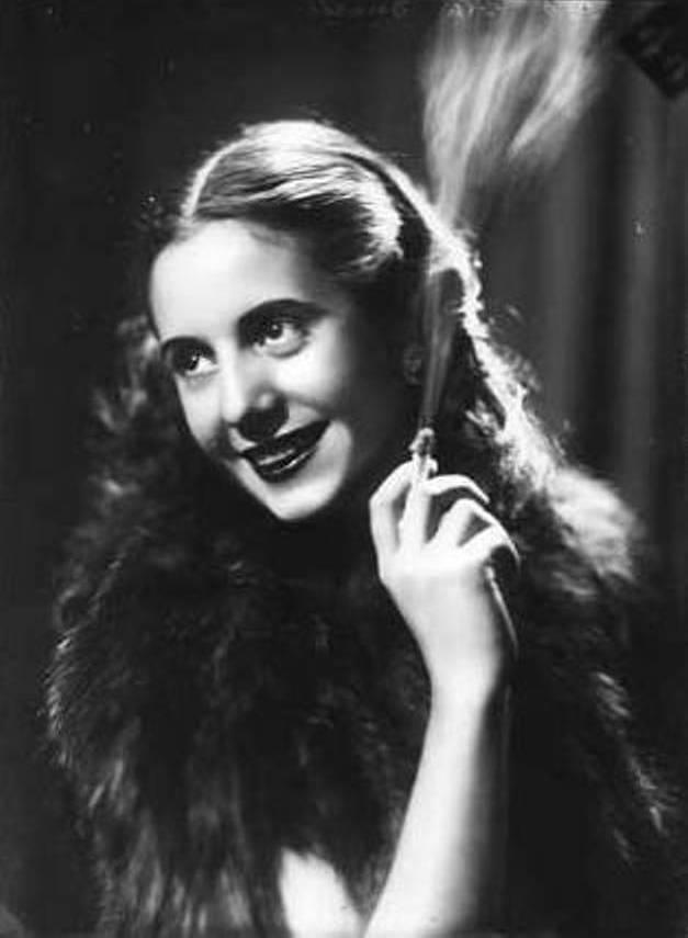 María Eva Duarte, luego Eva Perón y para siempre Evita