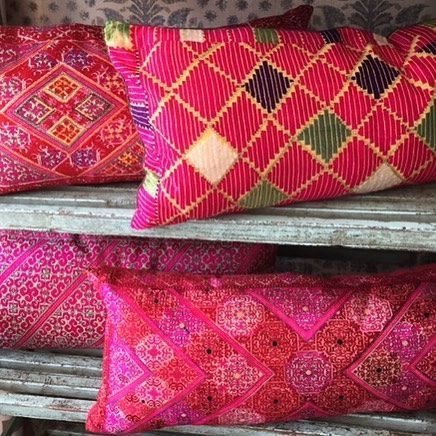 *Think Pink!* 🎀 No filter needed on these wonderful Swat Valley Marriage Cushions. Lots of choose from in both Kensington Church Street and Museum Street showrooms. #fromwhereistand #instadesign #instacreate #instalondon #swatvalley #cushions #antiques #interiors #robertkime #museumstreet #kensingtonchurchstreet #marlborough #paintedshelves #thinkpink