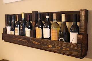 pallet wine rack: Woods Pallets, Pallets Shelves, Wooden Pallets, Wine Holders, Wine Bottle, Pallets Ideas, Old Pallets, Pallets Wine Racks, Pallets Projects