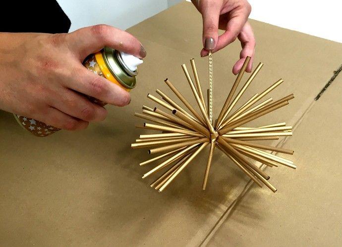 Enfeites de Natal: 'Faça em casa' ensina a montar bolas para área externa (Foto: Renata Viot/Gshow)