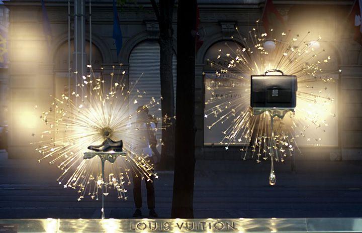 Louis Vuitton flagship store window, Zurich visual merchandising