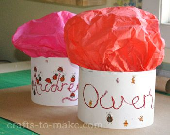 Chefs hat craft from crafts to make.com that can go with Snow White's How to Bake a Birthday cake song!