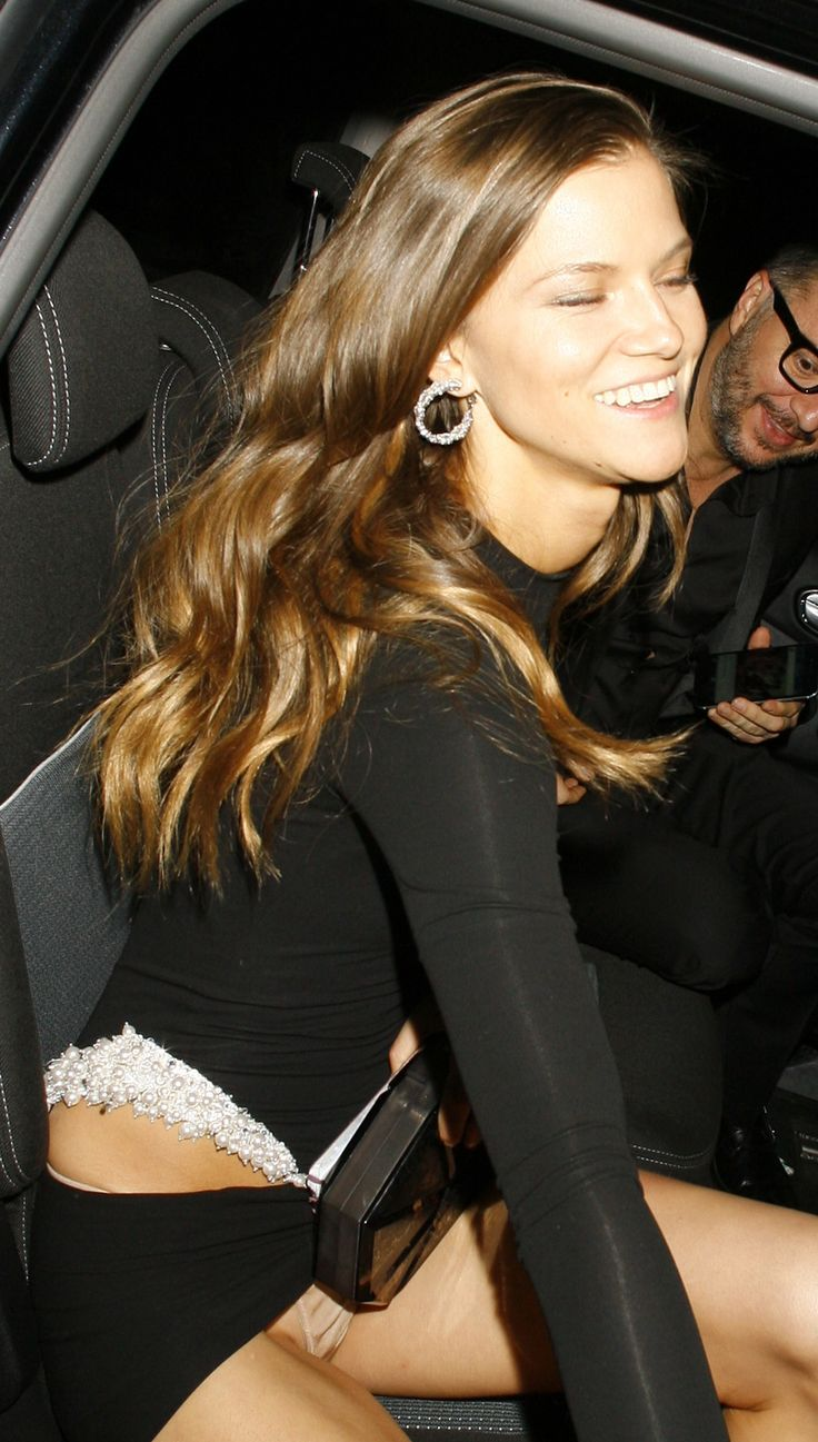 Kasia Struss Pantie Upskirt After the VS Show in England