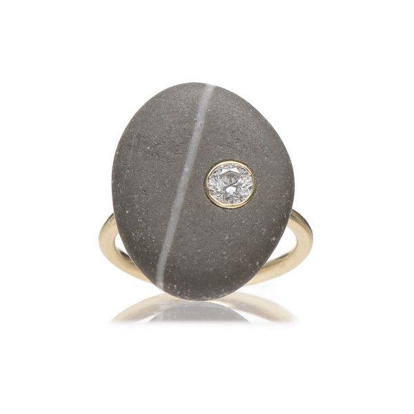 Cvc Stones 'Onyx' Ring (€2.575) ❤ liked on Polyvore featuring jewelry, rings, grey, grey jewelry, round ring, 18 karat gold ring, onyx ring and bezel jewelry