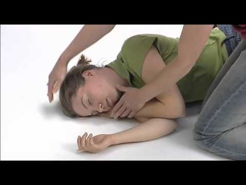 3 eerste hulptips bij specifieke problemen 3.2 bewusteloosheid - Stabiele zijligging = veiligheidshouding