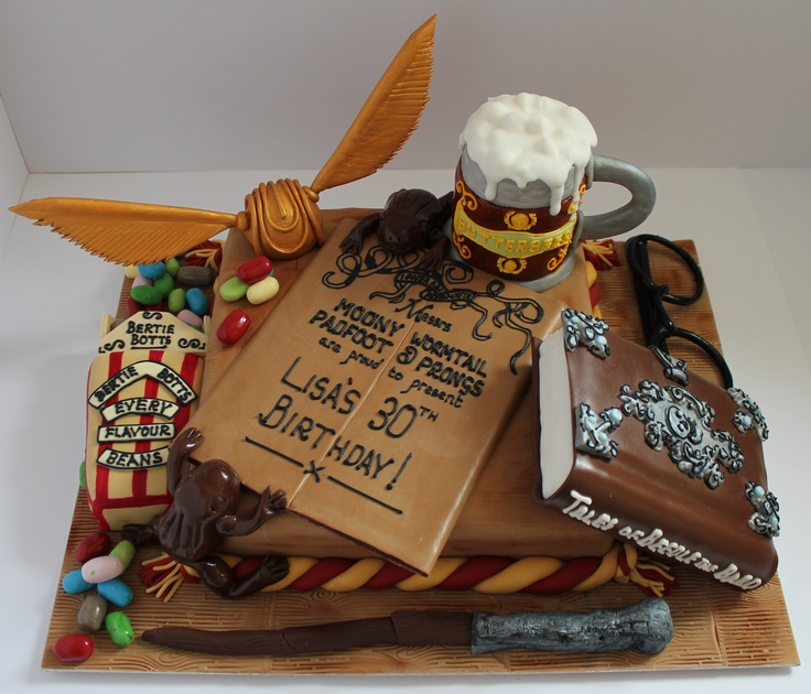 A Harry Potter themed birthday cake!